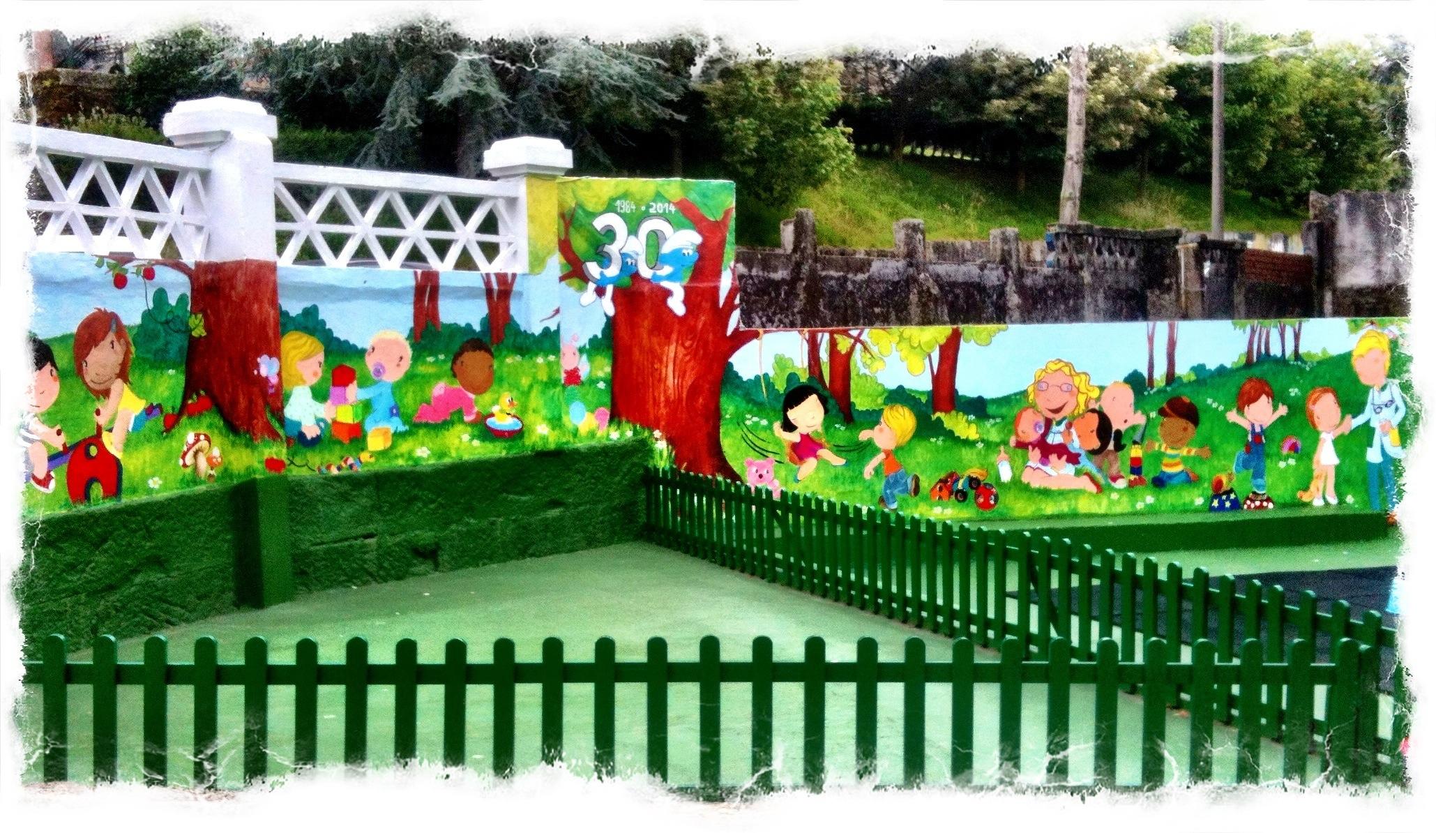 Pintura mural, Escuela Infantil Pitufos de vigo, begoña pérez-herrera moreno, bgophycolorincolorado, vigo, galicia.jpg