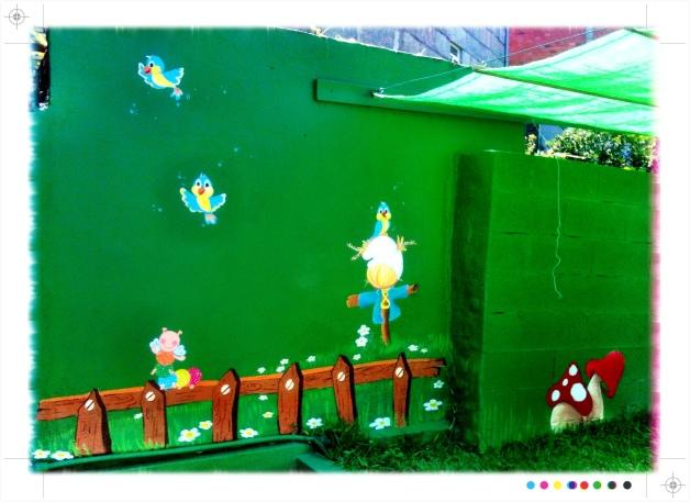 pintura mural escuela infantil pitufos de vigo, bgophycolorincolorado