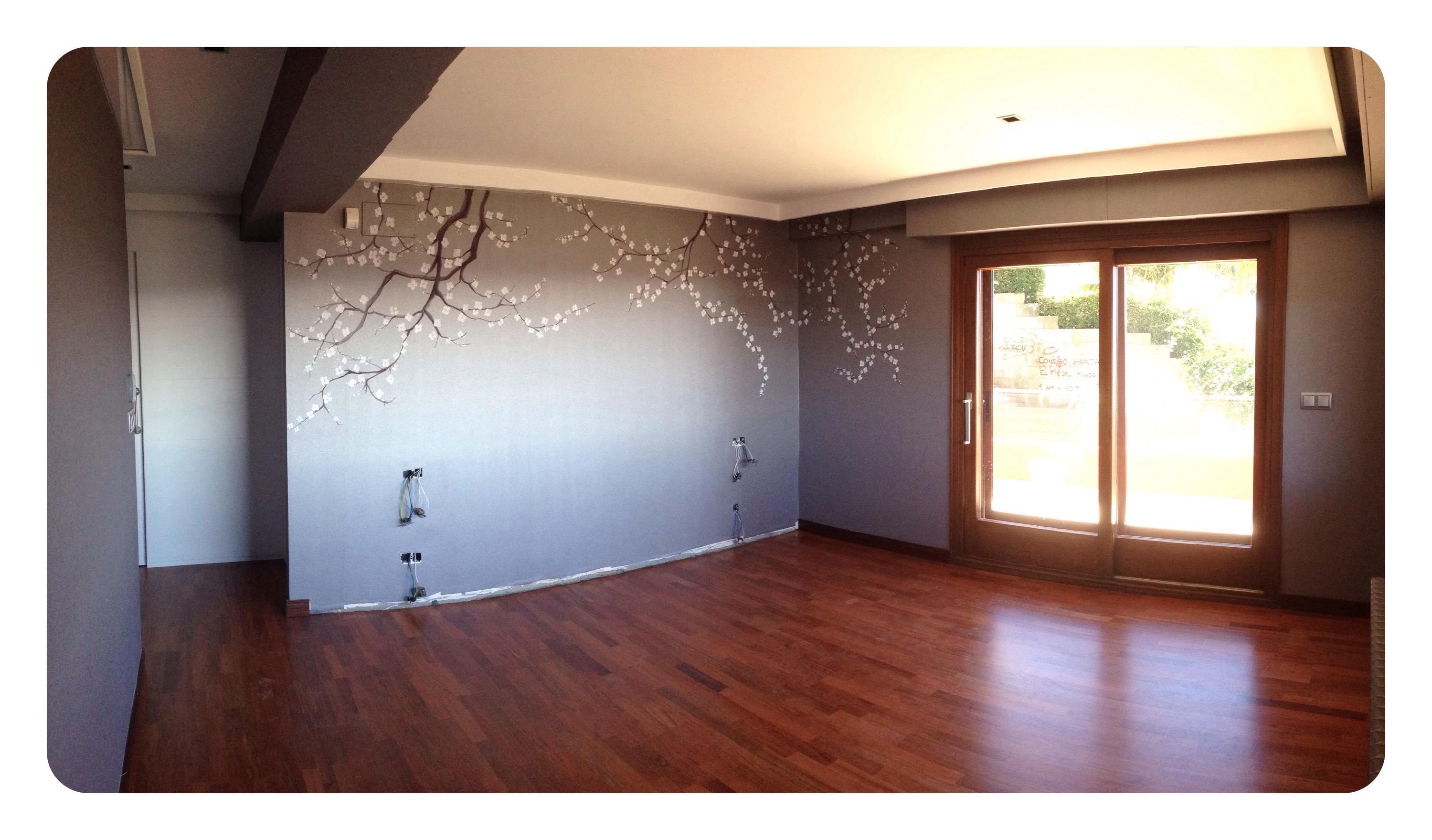 Interiorismo decoraci n con pintura mural durmiendo bajo las flores bgoph y colorincolorado - Interiorismo vigo ...
